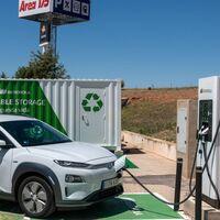El primer puesto de recarga de vehículos con baterías de segunda mano de Europa se encuentra en España