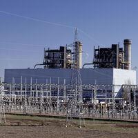 """Qué son y cómo te afectan los """"beneficios caídos del cielo"""" de las energéticas que el Gobierno limitará"""