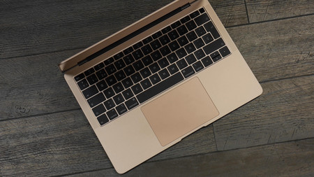 El nuevo MacBook Air de Apple, más barato que nunca en FNAC: i5, 8GB RAM, SSD de 128GB y Intel UHD Graphics 617 por 999 euros