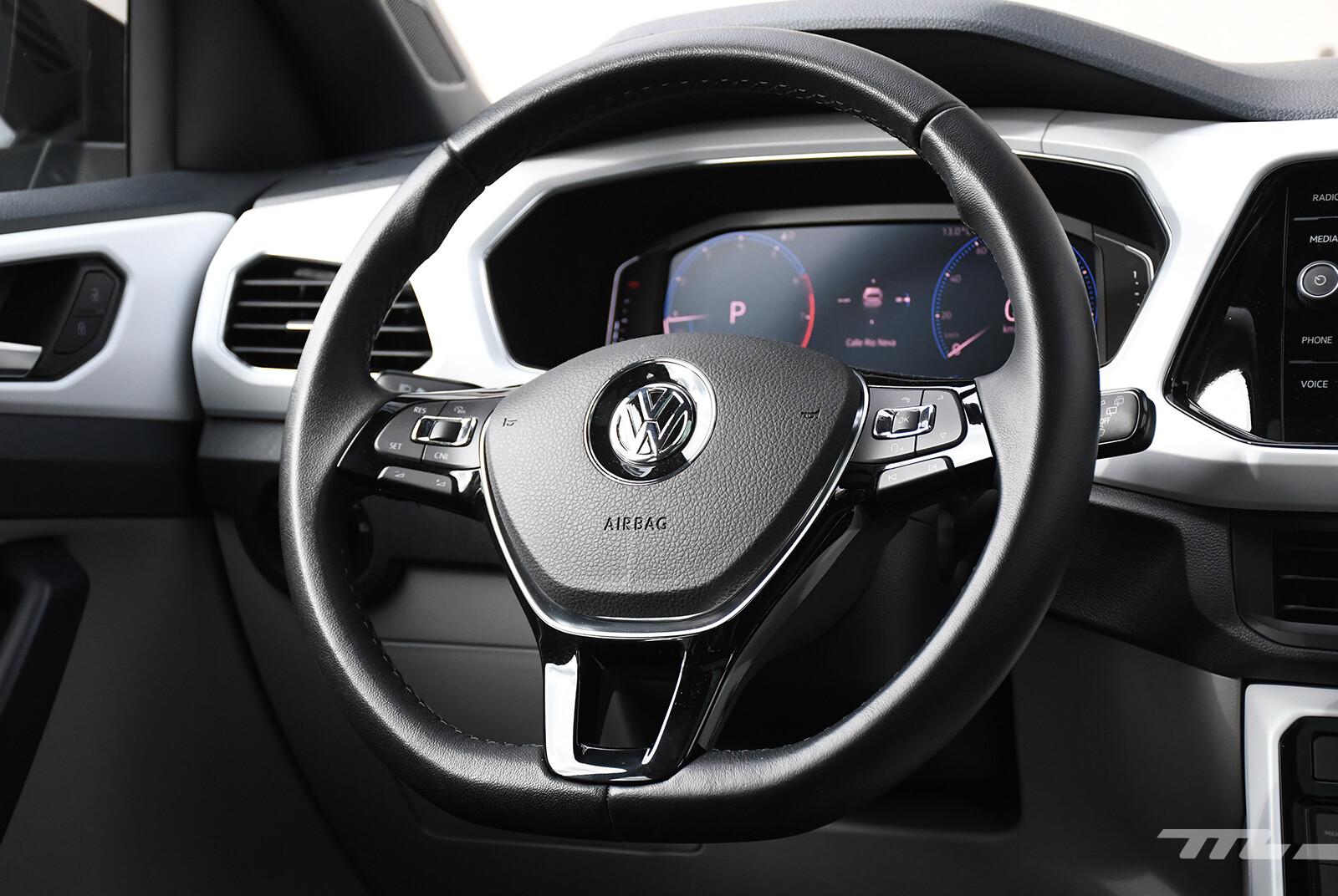 Foto de Chevrolet Tracker vs. Volkswagen T-Cross (comparativa) (25/29)