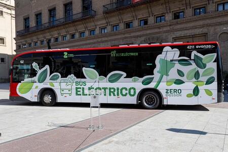 """Zaragoza le dice """"adiós"""" a los autobuses de combustión: los que compre a partir de ahora serán 100% eléctricos"""