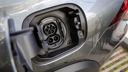 Radiografía de los nuevos híbridos enchufables de Mercedes-Benz: Clase A, Clase B, GLE y GLC