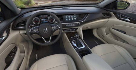 Buick Regal 2018 6