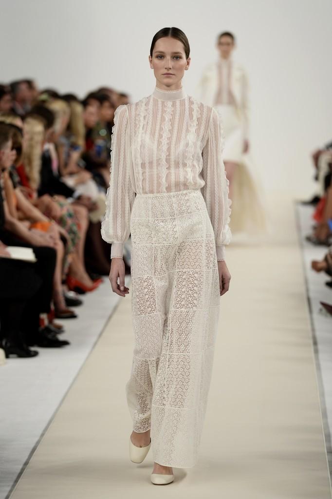 Foto de Valentino Nueva York Alta Costura 2014 (45/46)