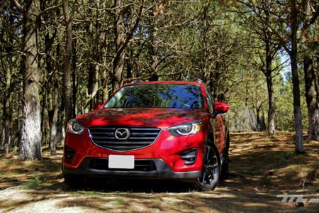 Probamos la Mazda CX-5, un SUV familiar que entiende que sí nos gusta manejar