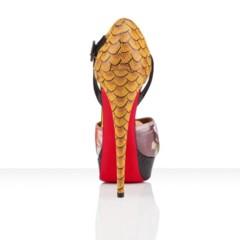 Foto 5 de 10 de la galería christian-louboutin-primavera-verano-2012-el-exceso-en-un-zapato en Trendencias
