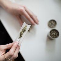 Consumir marihuana podría elevar el riesgo cardiovascular de forma similar al tabaco, según un reciente estudio