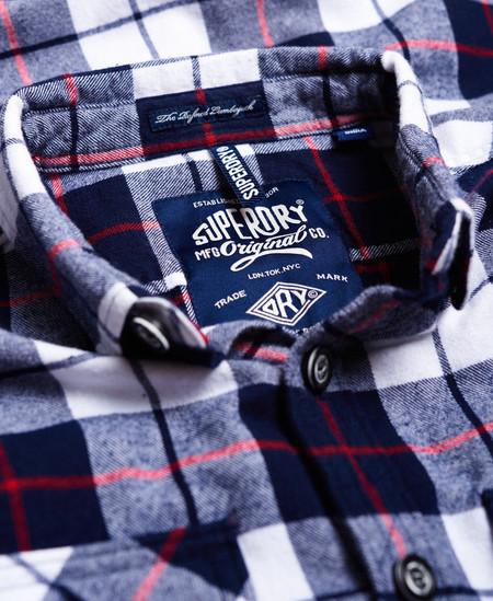 Esta camisa de cuadros Superdry puede ser tuya por 27,95 euros y envío gratis