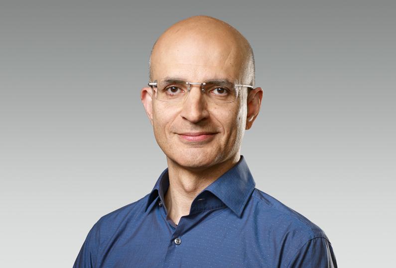 Apple nombra a Sabih Khan como nuevo vicepresidente senior de operaciones