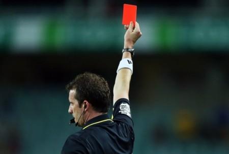 Qué árbitro más malo: Mediapro y Prisa se unen para acabar con Rojadirecta