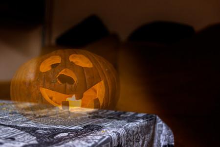 Cómo hacer fotos fantasmagóricas para Halloween