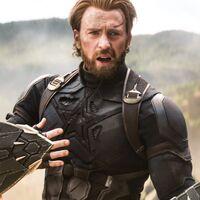 """La directora de 'The Marvels' cree que el Capitán América es el responsable del chasquido de Thanos: """"Escogió la vida de un robot sobre el universo entero"""""""