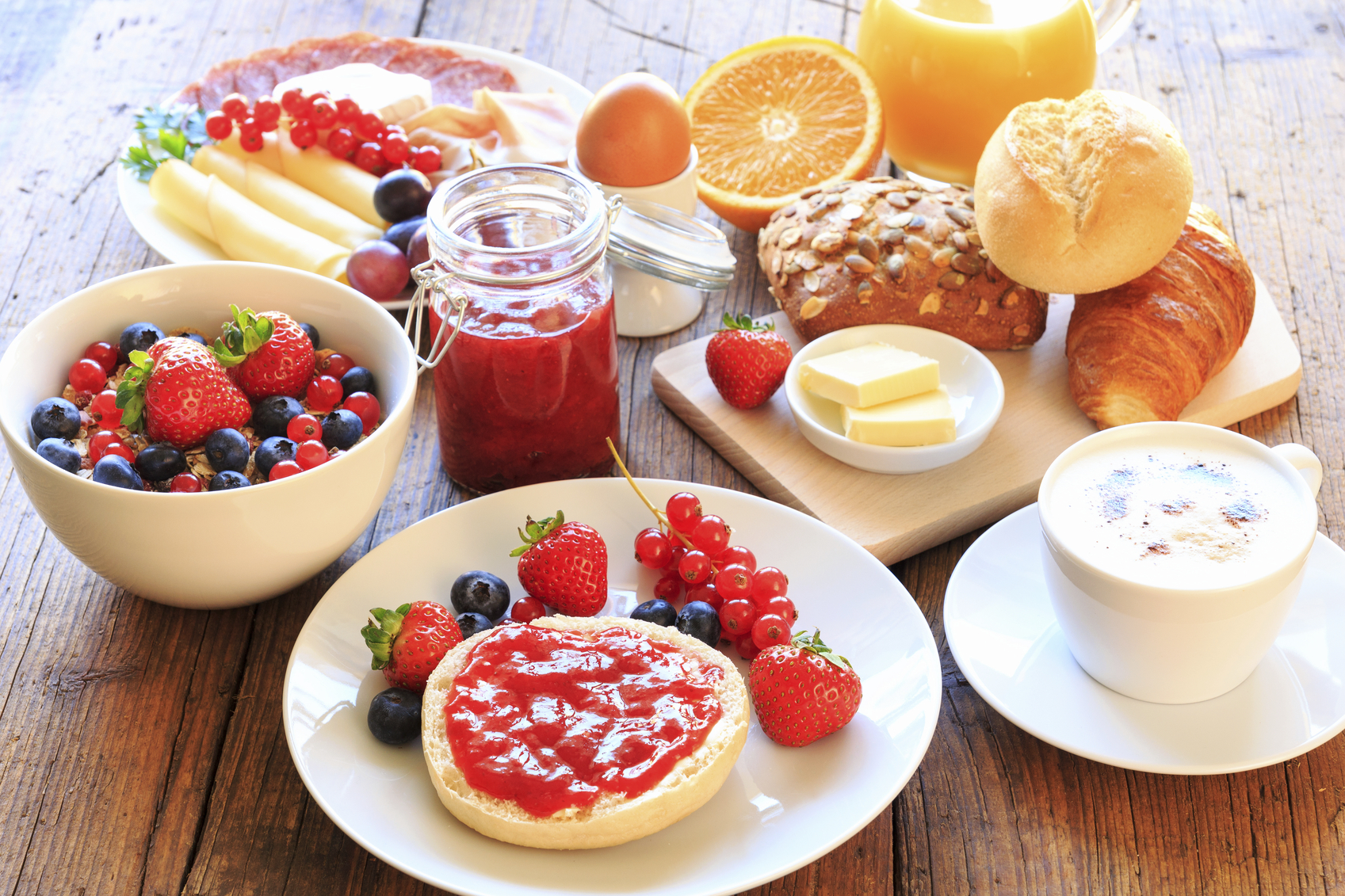 Desayuno comida o cena perfecta eso no existe for Mesa desayuno