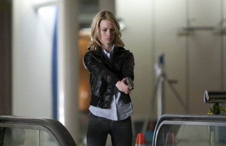 January Jones en una escena de El Pacto