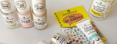 Este verano cuidamos nuestras uñas a precios súper bajos con los imprescindibles de manicura de Essence