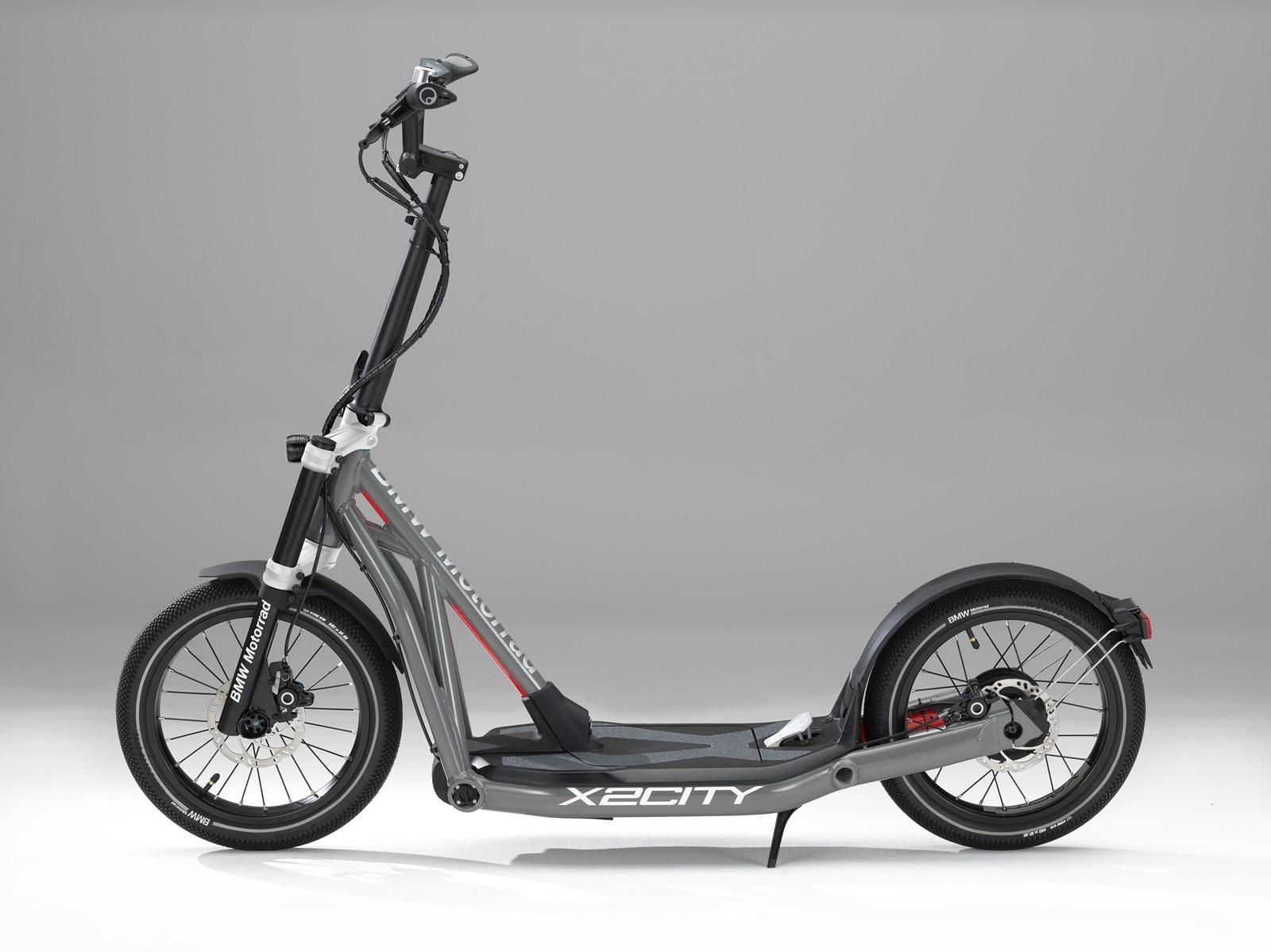 Foto de BMW Motorrad X2City, un patinete eléctrico de la marca alemana (4/10)