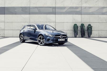 Mercedes Volvo motores híbridos