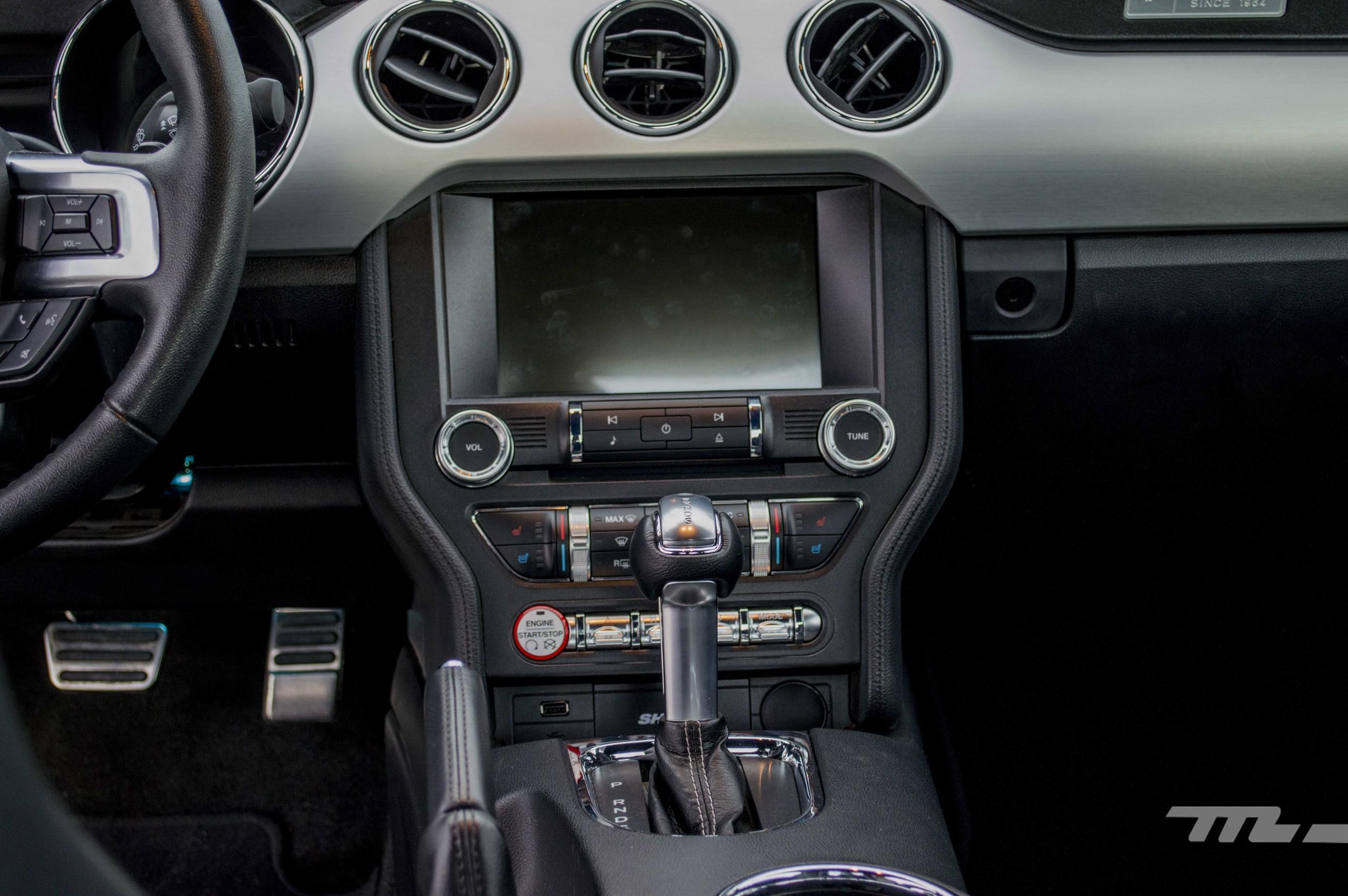 Foto de Ford Mustang GT V8 (11/22)