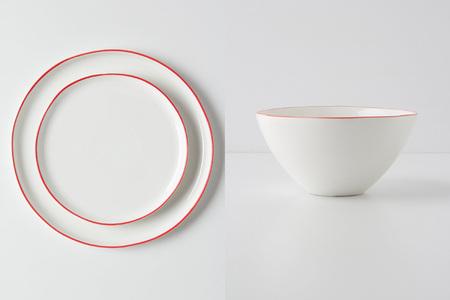 Preciosa vajilla minimalista para San Valentín