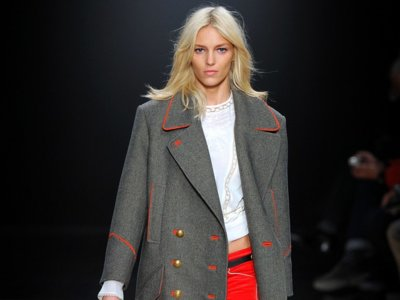 Clonados y pillados: Zara lo tiene claro, el abrigo David de Isabel Marant es un must (otra vez)