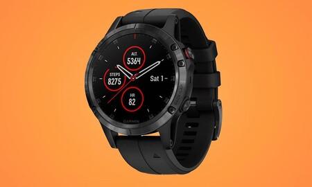 GPS y prestaciones inteligentes en la muñeca por 135 euros menos con el Garmin Fenix 5 Plus. Ahora en Amazon por 404,99 euros