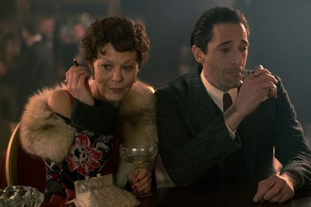 Helen McCrory y Adrien Brody