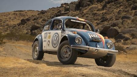 Este Volkswagen Beetle de 1970 está listo para afrontar la Baja 1000, con apoyo oficial