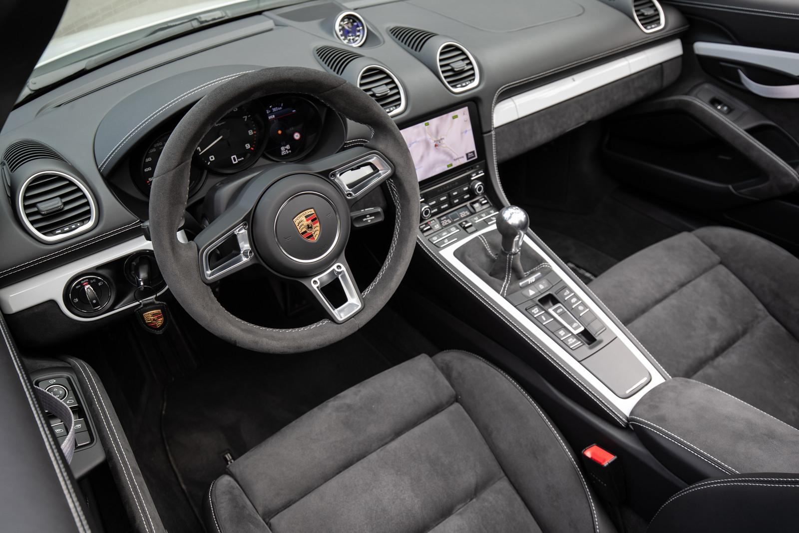 Foto de Porsche 718 Spyder (prueba contacto) (81/296)