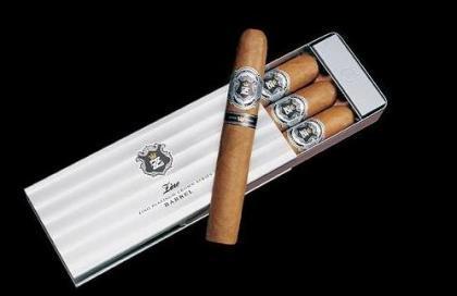 Zino Platinum, para sibaritas del cigarro puro