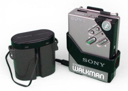 Walkman WM-2: menos de 300 gramos para un reproductor portátil de cassettes es un milagro