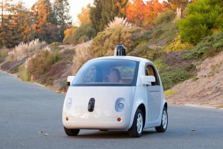 Google y su vehículo autónomo ya son una realidad, lo veremos el siguiente año
