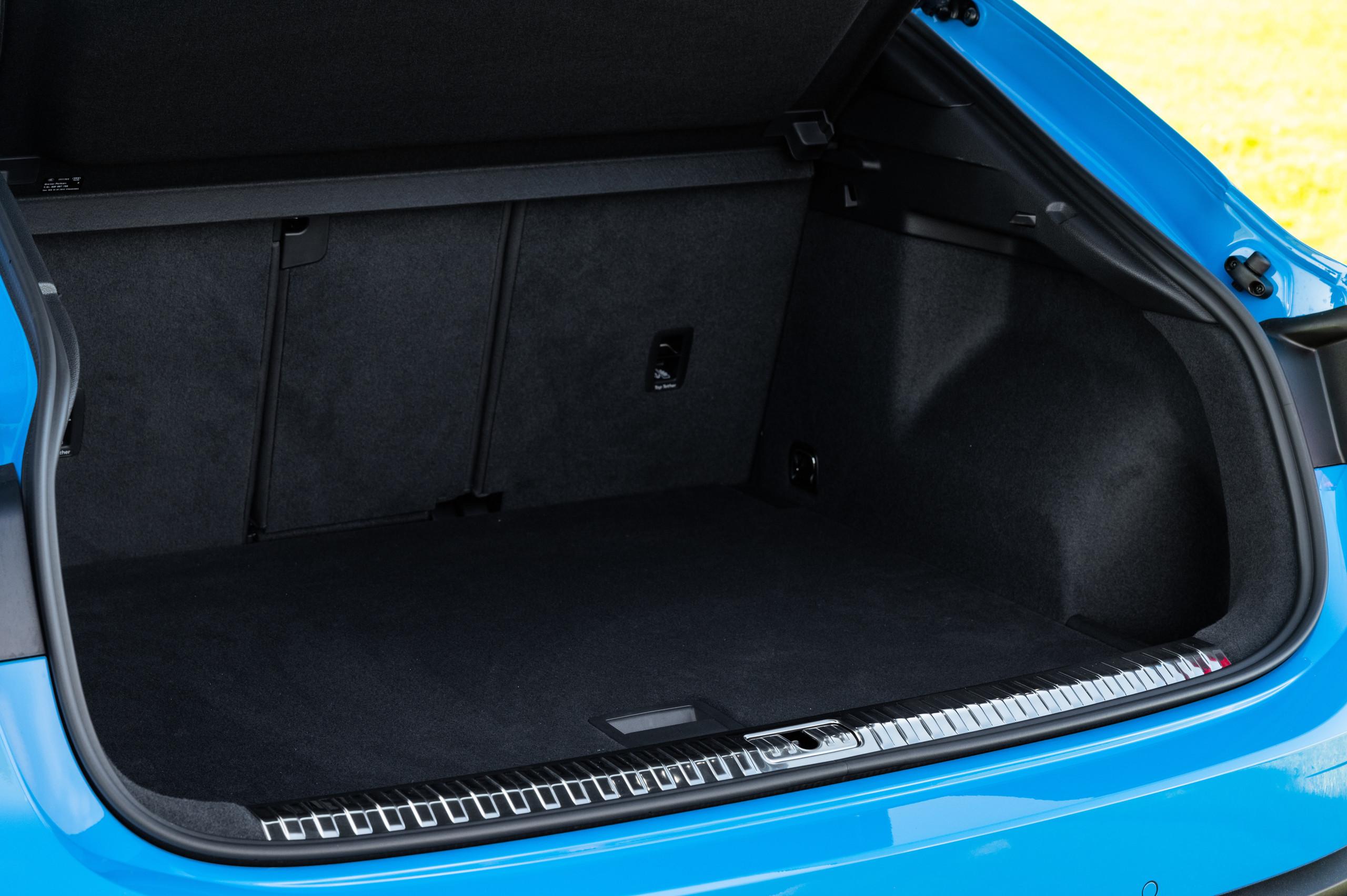 Foto de Audi Q3 Sportback (17/20)