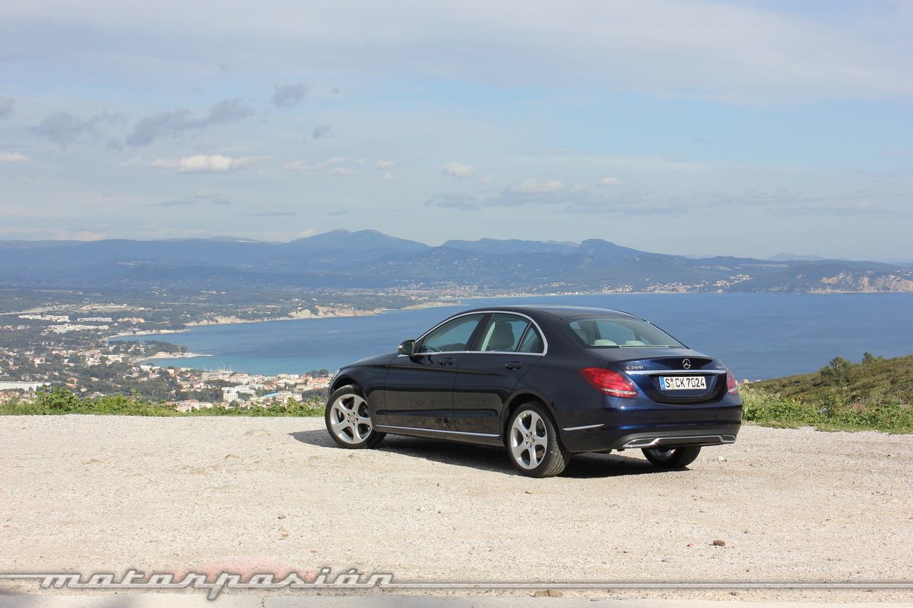 Mercedes benz clase c 2014 contacto 51 65 for Mercedes benz clase c