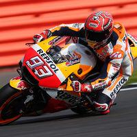 """Marc Márquez rompe su primer motor con Honda y pierde el liderato: """"Aún luchamos por el campeonato"""""""