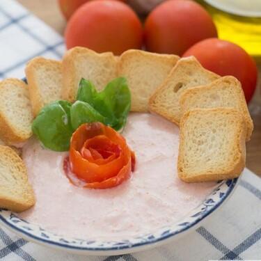 Mousse de tomate y albahaca, receta fácil de aperitivo