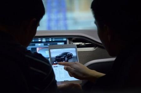 Un Tesla Model S ha sido hackeado por un equipo universitario chino