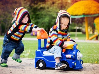 ¿Quién crees que pasa más tiempo al aire libre cada día, un niño o un preso?