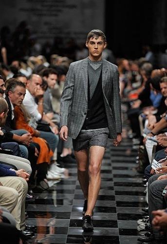 Prada, Primavera-Verano 2010 en la Semana de la Moda de Milán III