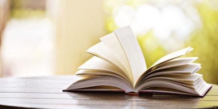 Tres libros para disfrutar de la lectura estas vacaciones