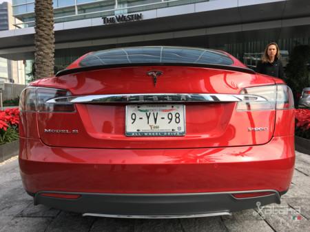 Tesla Model S Mexico 9