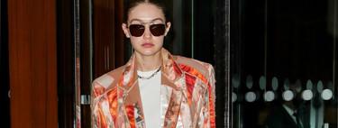 El traje working más complicado de Gigi Hadid tiene todas las tonalidades que serán tendencia esta primavera
