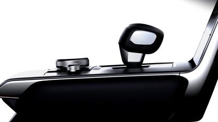 El coche eléctrico de Mazda muestra el interior previo a su estreno en Tokio