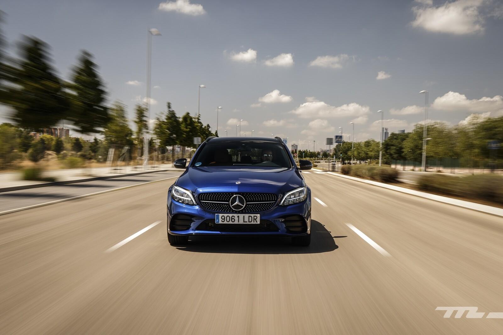 Foto de Mercedes-Benz C 300 de Estate 2020, prueba (30/46)