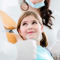 Cinco claves para ayudar a tus hijos a cuidar sus dientes