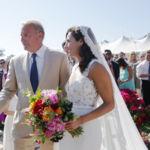 Annie Costner, la hija de Kevin Costner, se casa con un vestido de Pronovias