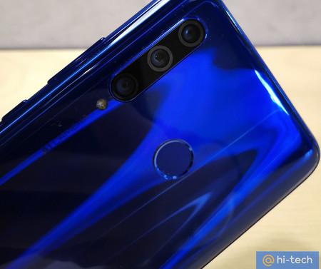 Se filtra un nuevo teléfono Honor con triple cámara y todo apunta a que se trata del Honor 10i