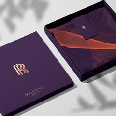 Foto 10 de 17 de la galería nuevo-logotipo-rolls-royce en Motorpasión México
