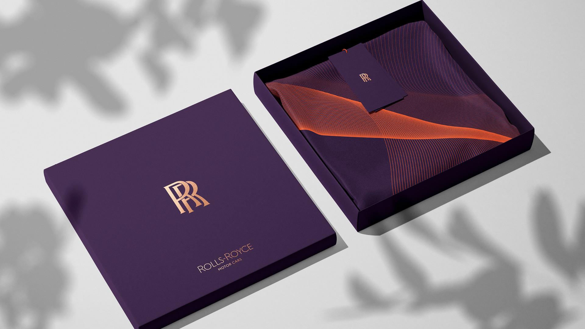Foto de Nuevo logotipo Rolls-Royce (10/17)