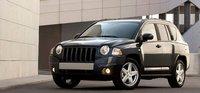 Chrysler llama a revisión a casi 600.000 Jeep Wrangler y monovolúmenes
