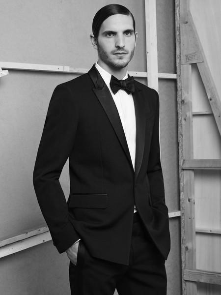 Justo a tiempo para las fiestas: Givenchy y su nueva línea de tuxedos por Riccardo Tisci
